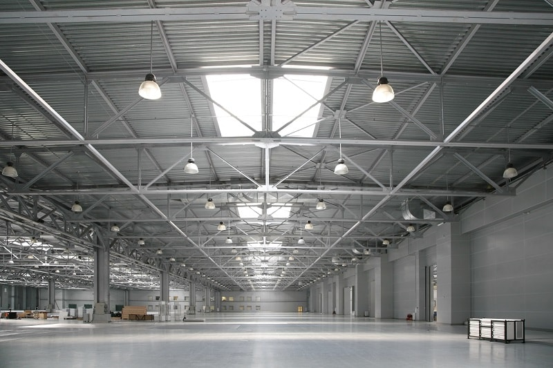 4 Things To Consider Before Selecting Warehouse Lighting