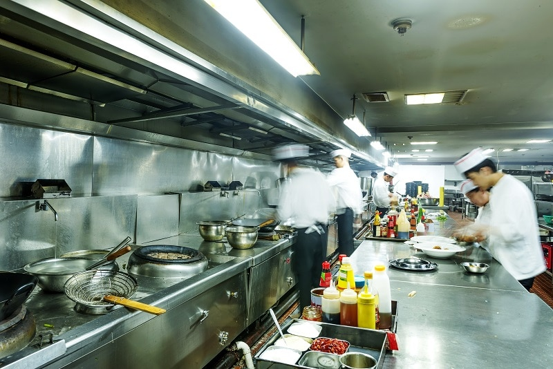 Tips For Restaurant Owners on Keeping Their Walk-In Coolers and Freezers in Good Shape