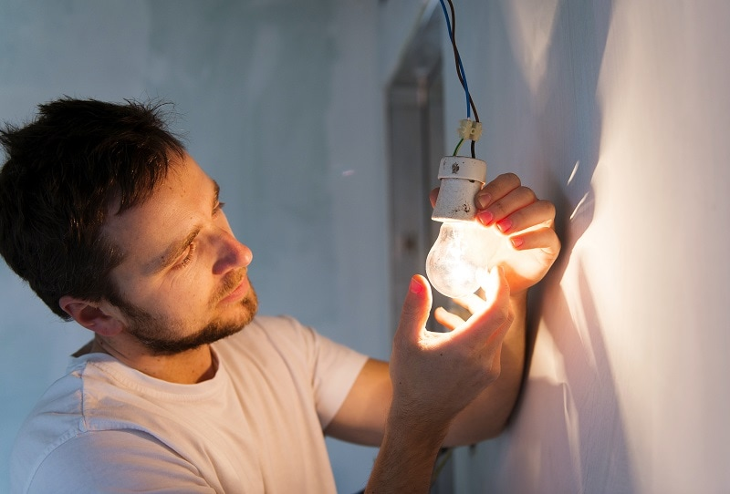 Top Electrical Mistakes Homeowners Make Too Often